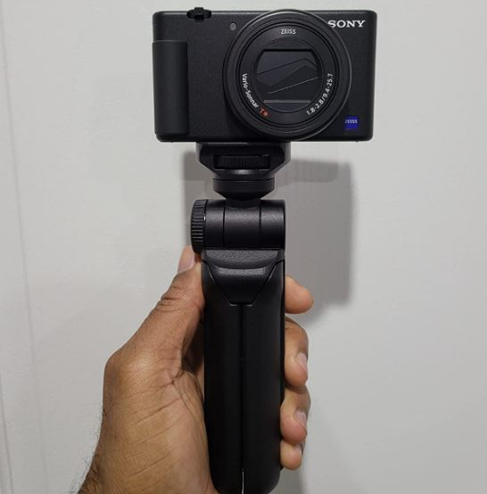 zv-1 camera review